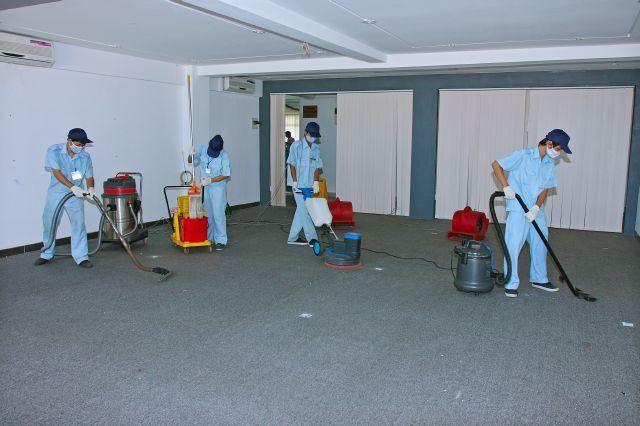 Chúc mừng các bạn đơn vệ sinh tòa nhà ra tư cách lưu trú!